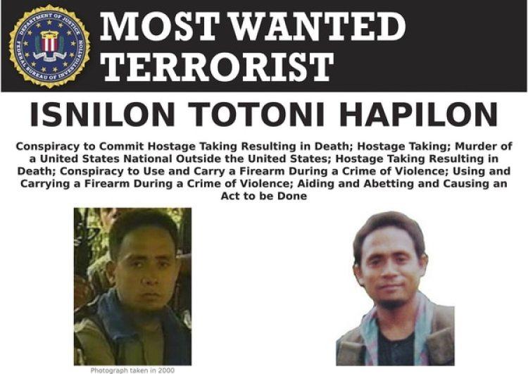 Estados Unidos buscaba a Hapilon desde 2001 por el secuestro y asesinato de dos de sus ciudadanos. Había una recompensa de cinco millones de dólares (FBI via AP, File)