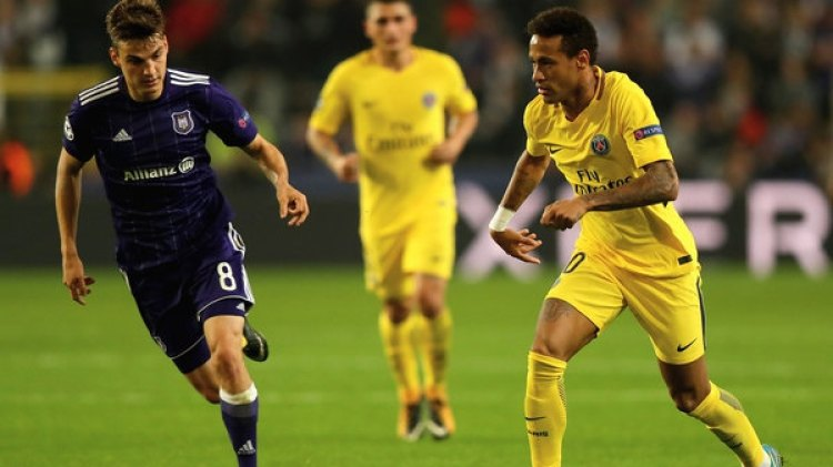 Neymar lleva nueve goles en diez partidos jugados en el PSG (Getty Images)