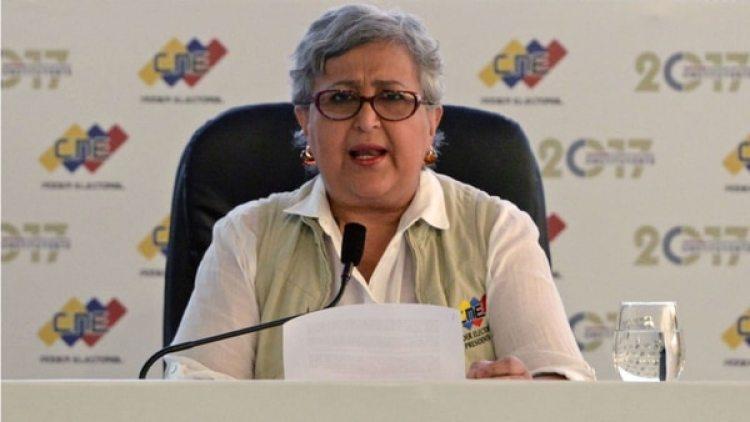 Tibisay Lucena, rectora del CNE, acusado de cometer fraude en las elecciones