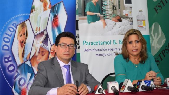 Foto 2_Dr. Marco Antonio Narvaez y Dra.Tatiana Maida