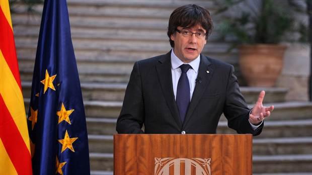 Acusan formalmente de graves delitos a Carles Puigdemont y a legisladores independentistas
