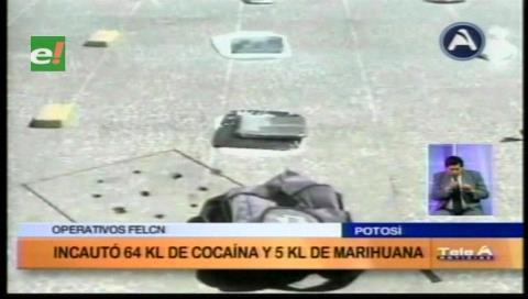 Choque de micro con un taxi deja 2 personas heridas