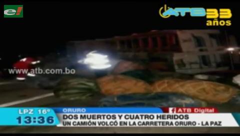 Camión se volcó en la carretera Oruro-La Paz dejando 2 muertos