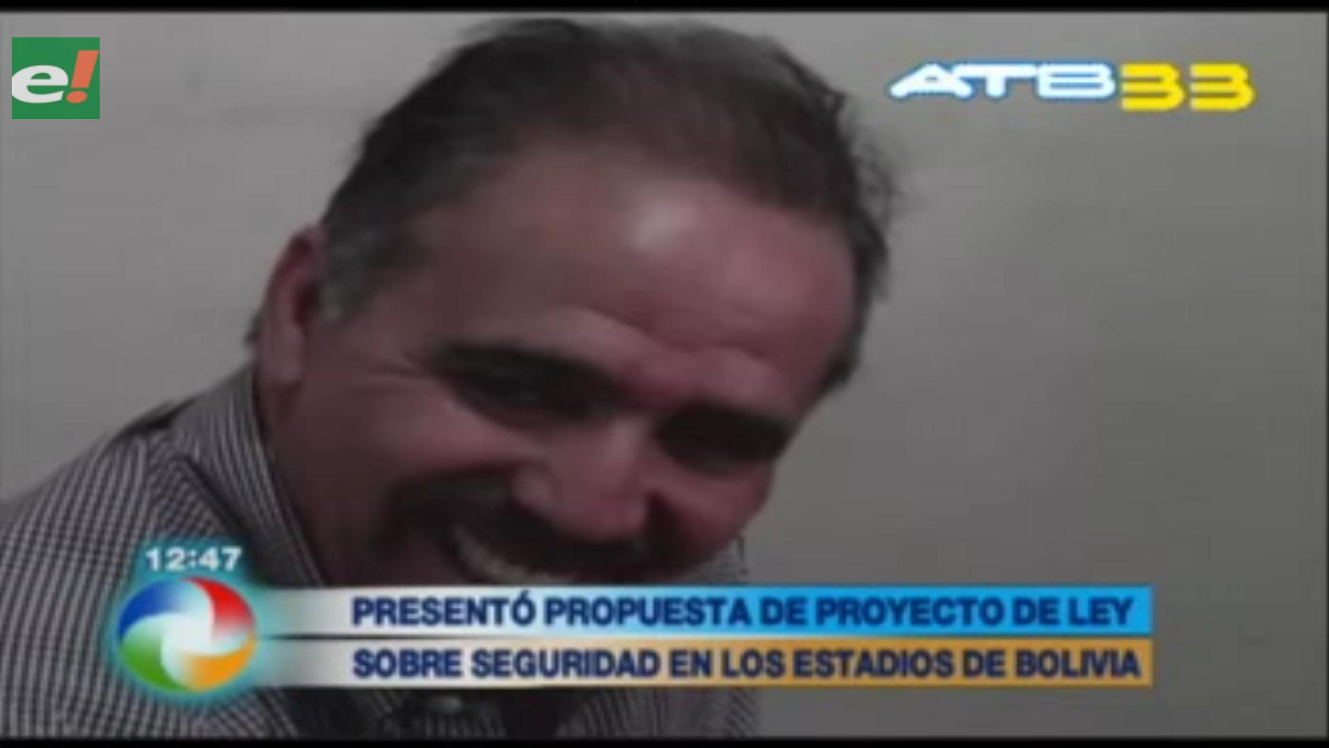 Mauricio Méndez presentó propuesta sobre seguridad en estadios