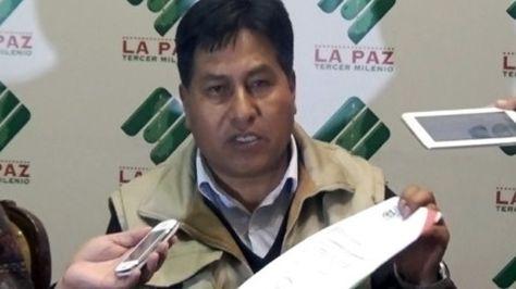Secundino Pari Choque, padre de Juan Pari, es buscado por el caso del desfalco al Banco Unión.
