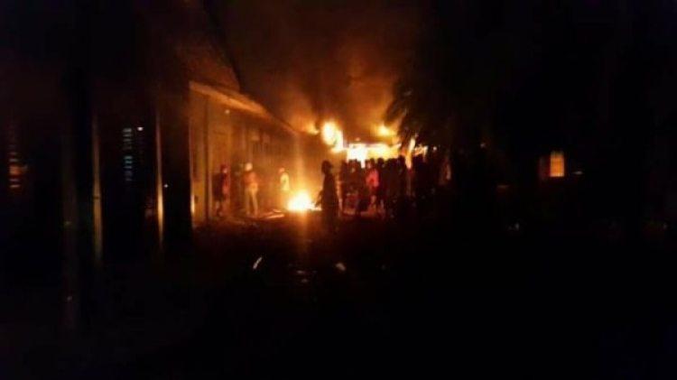 Partidarios del FSLN incendian la Casa Verde y la Radio de Yatama en Bilwi