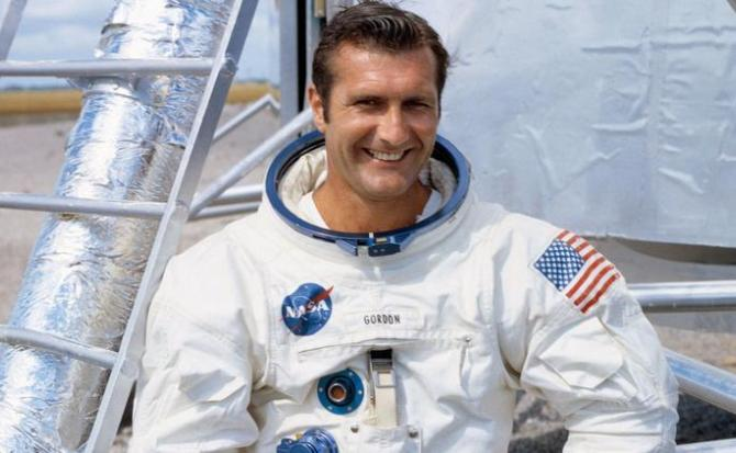 Fallece el astronauta Richard Gordon, piloto de Apollo 12
