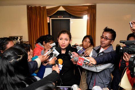 La ministra de Salud, Ariana Campero, realiza declaraciones a la prensa tras la reunión de gabinete de este 8 de noviembre de 2017. Foto: MInisterio de Salud