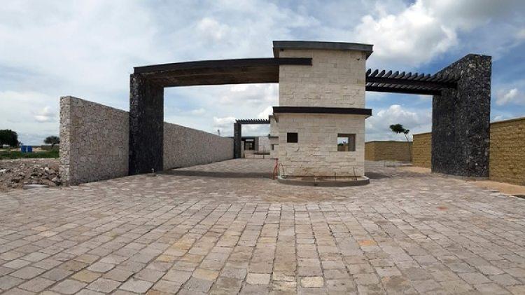 Una de las casas de Ricardo Anaya (revista Polemón)