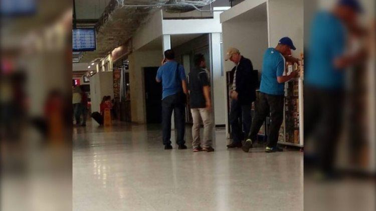 La primera imagen de Antonio Ledezma en Colombia, en el aeropuerto Camilo Daza, en Cúcuta