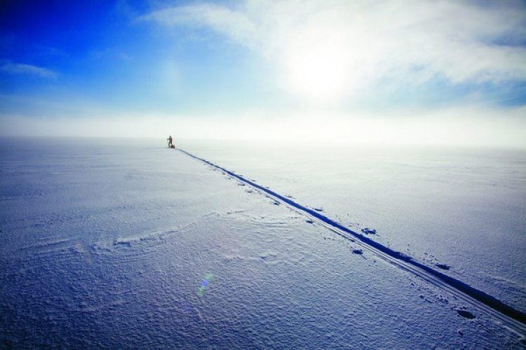 """Una de las fotos de Erling Kagge en el Polo Sur, parte de su libro """"Silence in the Age of Noise"""". (Penguin Random House)"""