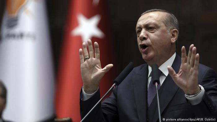 Türkei Recep Tayyip Erdogan (picture alliance/dpa/AP/B. Ozbilici)