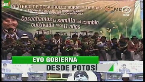 Video titulares de noticias de TV – Bolivia, noche del lunes 6 de noviembre de 2017