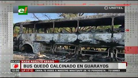 Policía investiga las causas del incendio de un bus en la vía a Trinidad