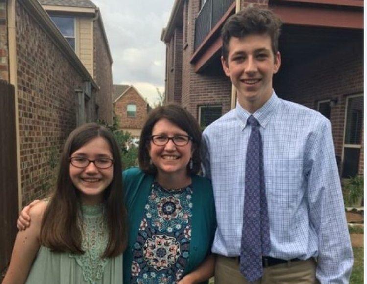 Tyra Damm con Katie, 12, y Cooper, 16 (Cortesía de Tyra Damm / The Washington Post)