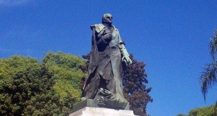 Monumento a Sarmiento, en Palermo