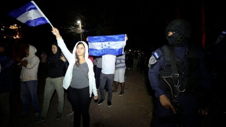Manifestantes que en Tegucigalpa. (EFE)