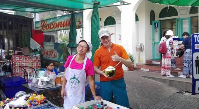 Alex en Tailandia. (Facebook)