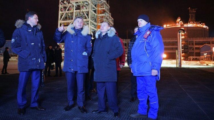 Vladimir Putin participó de la inauguración de la planta de gas (Reuters)