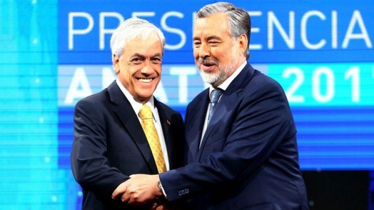El ex presidente chileno y candidato Sebastián Piñera y el candidato oficialista Alejandro Guillier (Reuters)