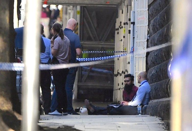 Las autoridades creen que el hombre podría no tener vínculo con el atacante o el incidente (Reuters)