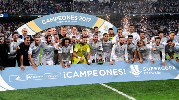 En el último enfrentamiento el Real Madrid ganó el clásico y se quedó con la Supercopa de España (AFP)