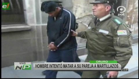 Oruro: Hombre intentó matar a su pareja a martillazos