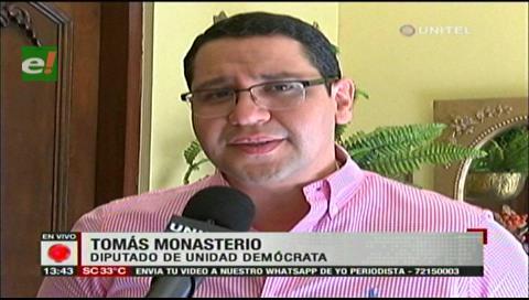 Monasterio denuncia acarreo de funcionarios para la proclamación de Evo Morales
