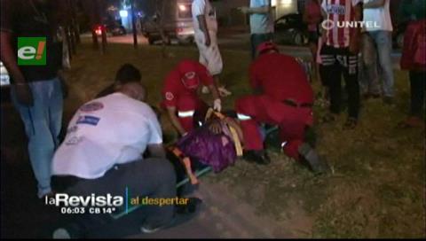Motociclista arrolló a una mujer que intentaba cruzar la avenida Brasil