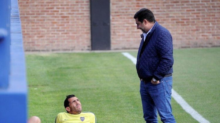 Daniel Angelici se refirió a la posible vuelta de Carlos Tevez a Boca