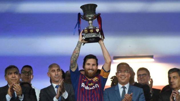 messi se convirtio en el jugador con mas titulos de la historia del barca y el argentino mas ganador
