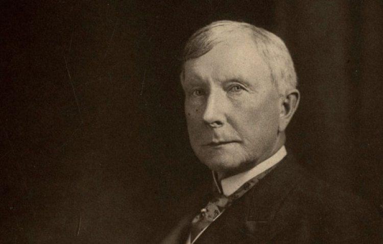 John D. Rockefelleres el hombre más rico de la historia moderna según el producto relativo.