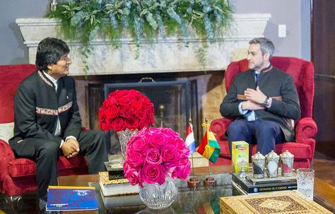 El presidente Evo Morales se reúne con el presidente electo de Paraguay Mario Abdo Benitez.