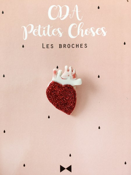 broche-coeur-anatomique-et-paillettes cda petites choses