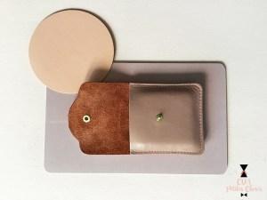 porte-monnaie ou range cables en cuir vieux rose CDA Petites Choses