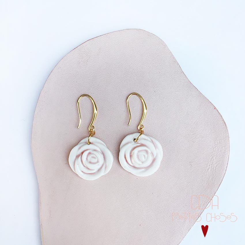 Bouches d'oreille Fleurs roses en porcelaine CDA Petites Choses