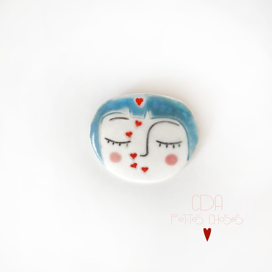 broche-en porcelaine tete-calin CDA Petites Choses