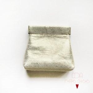Porte-monnaie clic clac en cuir Galuchat or CDA Petites Choses