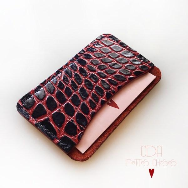 Porte carte en cuir embossé croco petites nervures rougesCDA Petites Choses