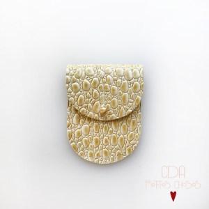 mini-pochette-en cuir jaune-paille 1 CDA Petites Choses