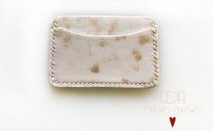 porte-cartes-etui-beige-et-or-CDA-Petites-Choses