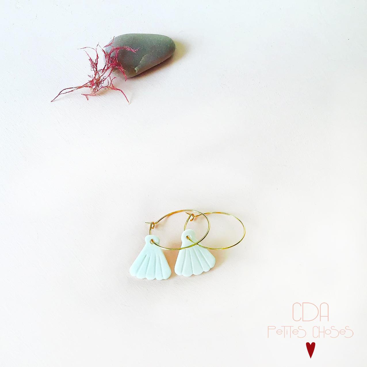 Boucles d oreilles creoles coquillage en porcelaine CDA petites Choses