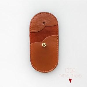 mini-pochette-en-cuir-ecureuil 2 CDA Petites Choses