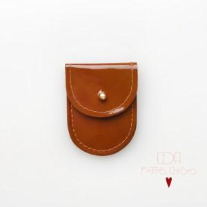 mini-pochette-en-cuir-vernis-ecureuil-1 CDA Petites Choses
