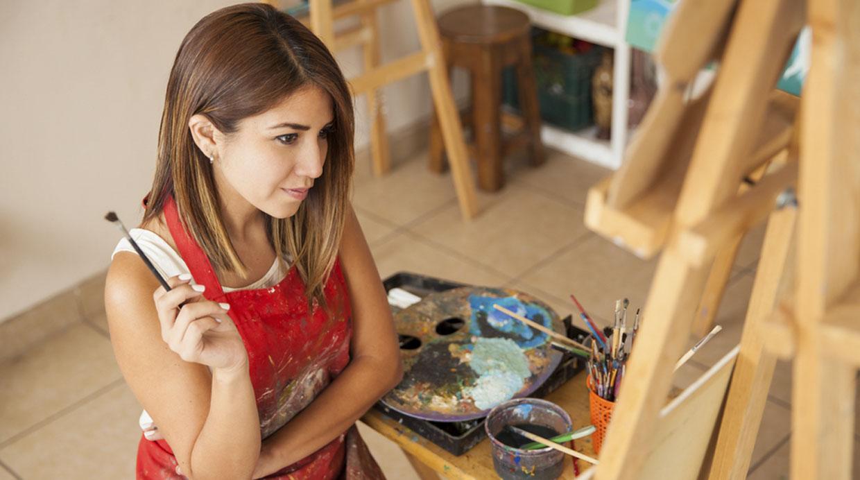 Aprende a disfrutar de tu soledad. Descubre nuevas pasiones, recupera aficiones o retoma esas metas que postergaste por centrarte en tu ex pareja. Foto: Shutterstock.