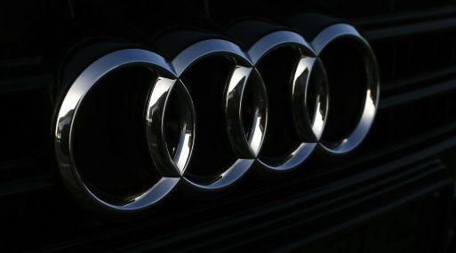 El sistema de Audi permite que el vehículo presente una cuenta regresiva antes de que una luz roja se convierta en verde.