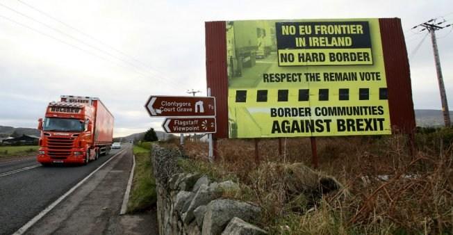 Brexit – Northern Ireland's DUP dismisses joint UK/EU status
