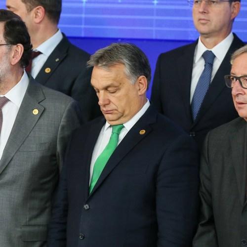 Orbán should not form part of EPP – Juncker