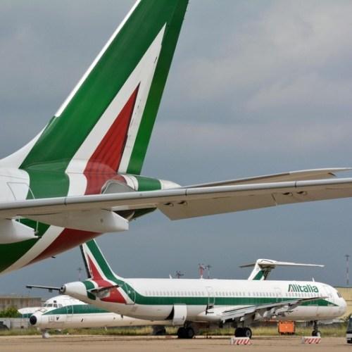 EasyJet withdraws bid for Alitalia