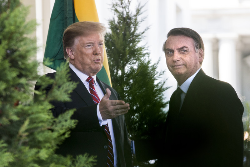 Brazil's Bolsonaro to wait 'a bit longer' to recognize winner of U.S. election